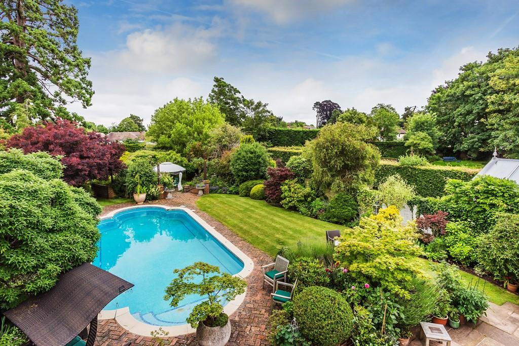 Patrick Gardner Old - swimming pool